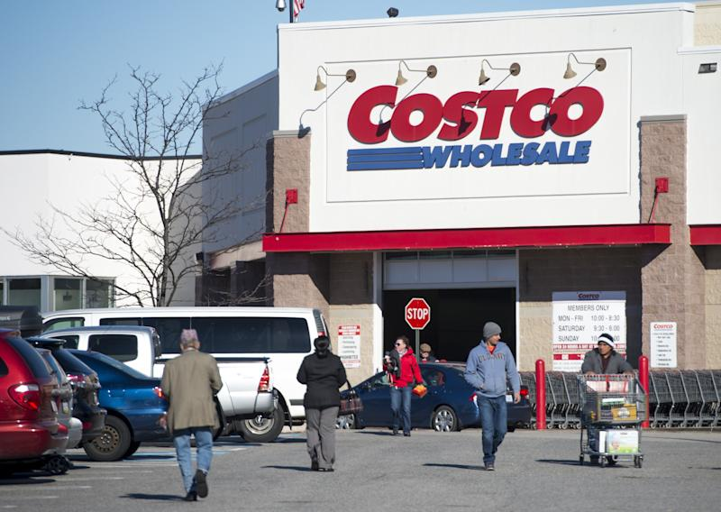 Why Costco Isn T Worried About Walmart S New Plan To Take On Amazon