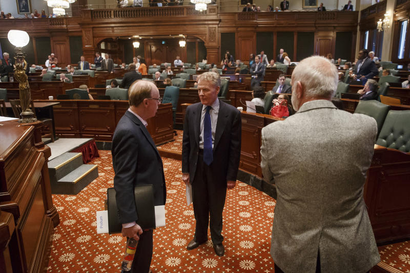 Illinois Set To Become First State Slapped With 'Junk' Bond Rating
