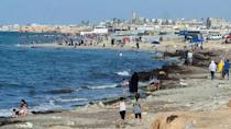 The environment ministry has ordered the closure of a number of beaches along the Greater Tripoli coastline, despite the roasting summer heat