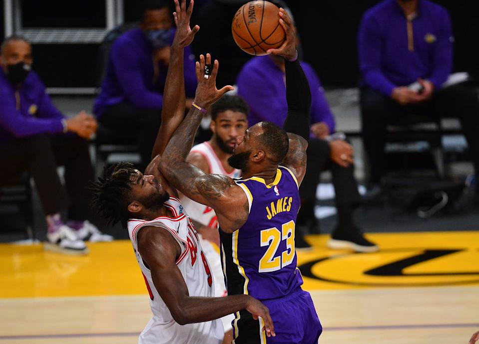 Los Angeles Lakers forward LeBron James (23) moves to the basket against Chicago Bulls forward Patrick Williams (9) during the second half at Staples Center.