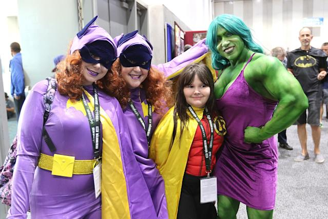 <p>Cosplayers dressed as Batwoman, Robin, and She-Hulk at Comic-Con International on July 20 in San Diego. (Photo: Angela Kim/Yahoo Entertainment) </p>