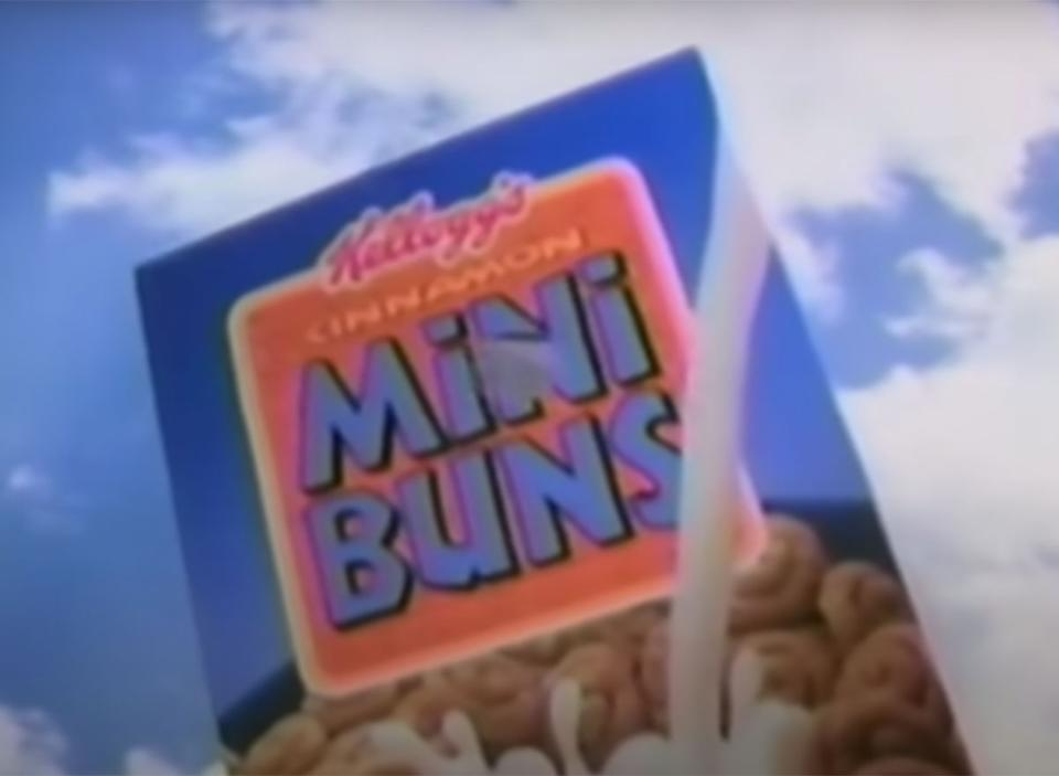 box of kelloggs cinnamon mini buns