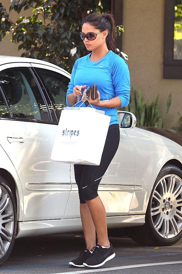 """After a workout on Wednesday, newlywed Vanessa Lachey, host of ABC's """"Wipeout,"""" rewarded herself with a purchase from Stripes in L.A. (2/1/2012)"""