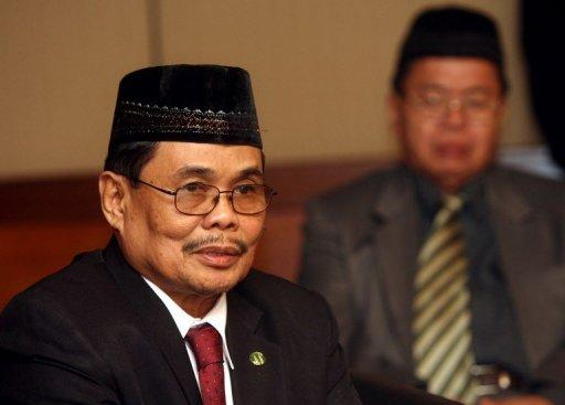 Moro Islamic Liberation Front (MILF) negotiator Mohagher Iqbal, pictured in 2007