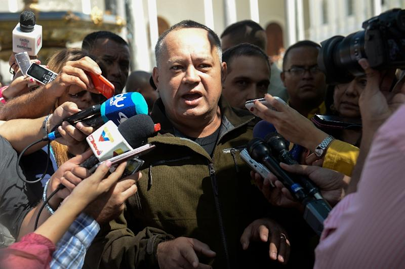 Venezuelan deputy and former president of the National Assembly, Diosdado Cabello, speaks to the press in Caracas on January 12, 2016 (AFP Photo/Federico Parra)