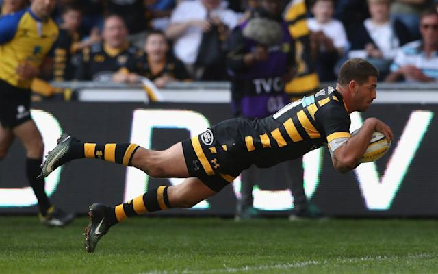<span>Willie le Roux of Wasps dives over the line</span> <span>Credit: Getty Images </span>