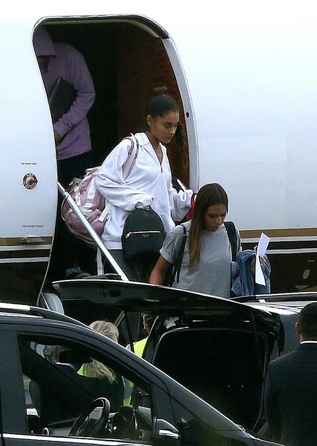 Ariana Grande arrives in the U.K. at Stansted Airport on June 1, 2017. (Photo: Splash News)