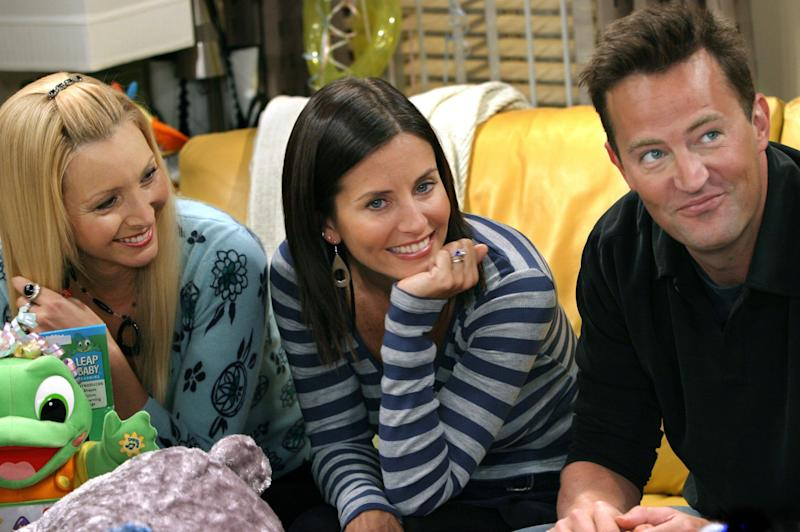 Matthew Perry, Lisa Kudrow, and Courteney Cox on Friends