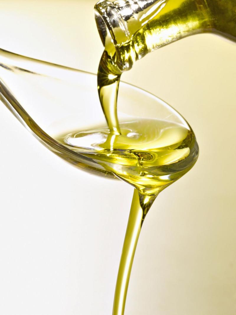 Two tablespoons of oil a day is the reccomended allowance. Photo: Getty Images