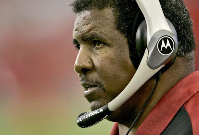 Former Vikings and Cardinals coach Dennis Green died at the age of 67 (AP)