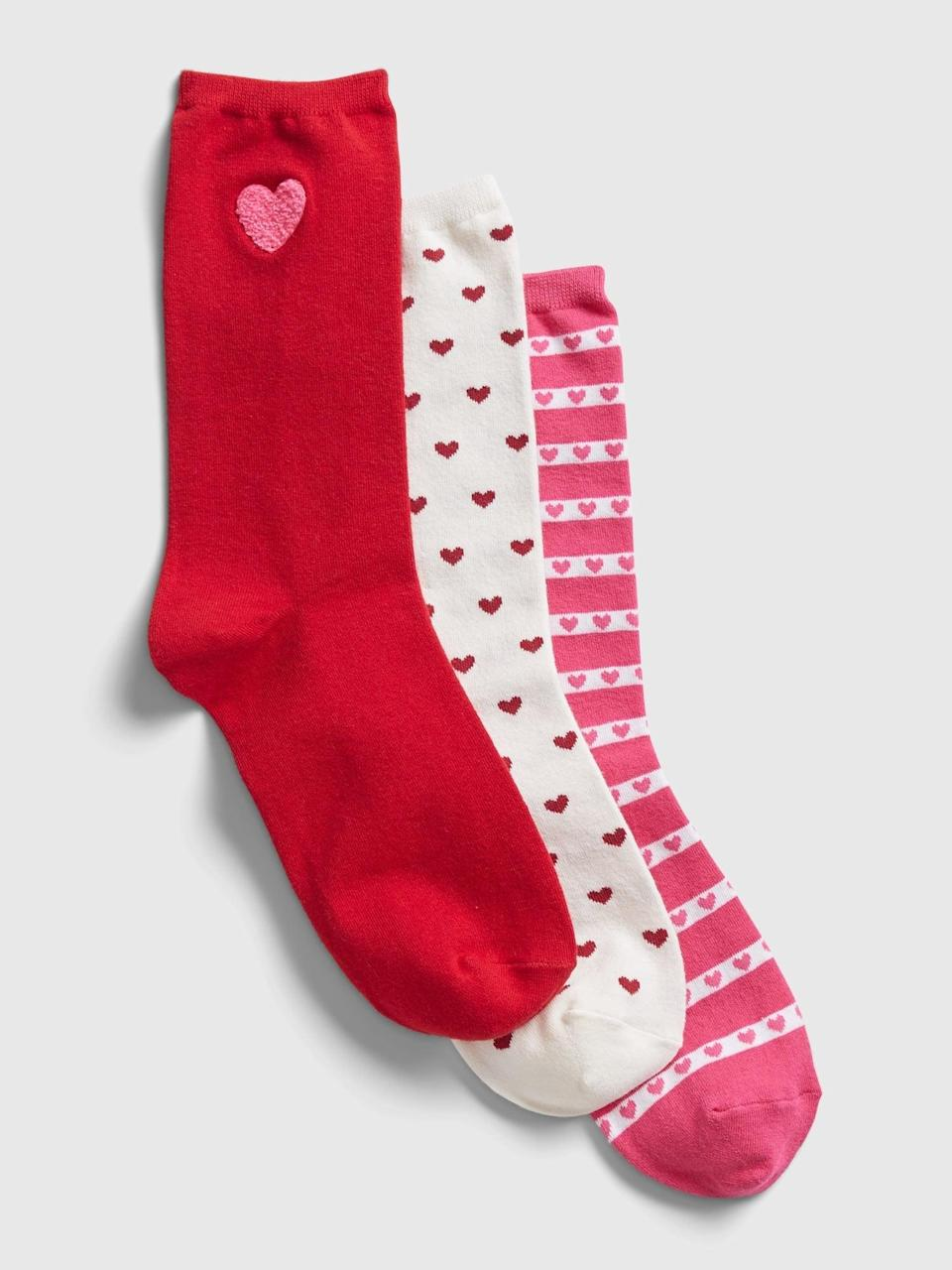 <p>I'm a sock fanatic so I love getting festive with any socks theme. Grab these heart <span>Gap Crew Socks (3-Pack)</span> ($16) to feel the Valentine spirit head to toe!</p>