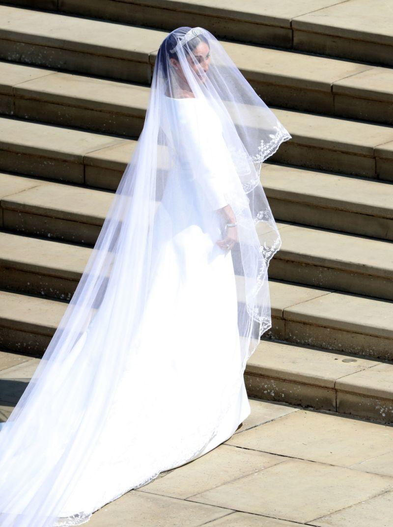 A five-foot veil was the key talking point of the look, designed to pay tribute to the 53 Commonwealth countries [Photo: Getty]