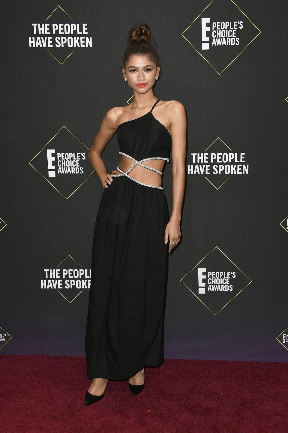 <p>There's a reason why they call this girl an ICON – just check out this look!</p>