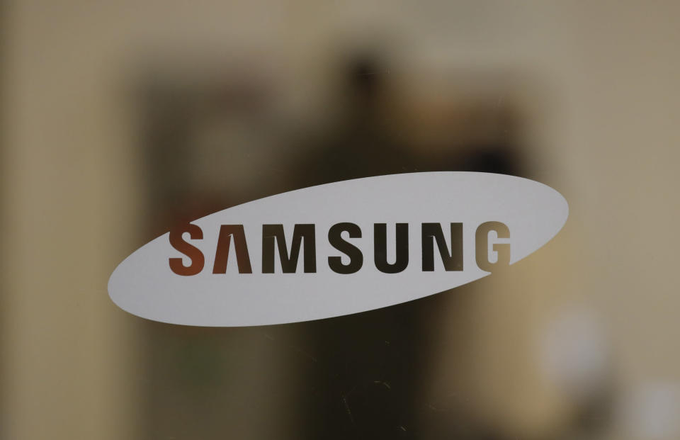 A logo of Samsung Electronics is seen in Seoul, South Korea, Sunday, Oct. 25, 2020. Lee Kun-Hee, the ailing Samsung Electronics chairman who transformed the small television maker into a global giant of consumer electronics, has died, a Samsung statement said Sunday. He was 78. (AP Photo/Lee Jin-man)