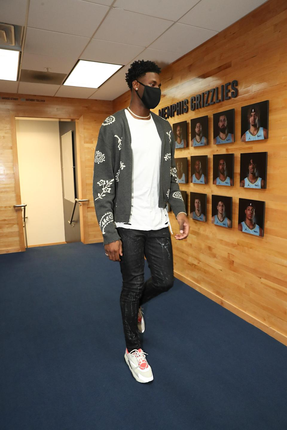 Jaren Jackson Jr. of the Memphis Grizzlies arrives to a game against the Los Angeles Lakers in Memphis, January 3, 2021.