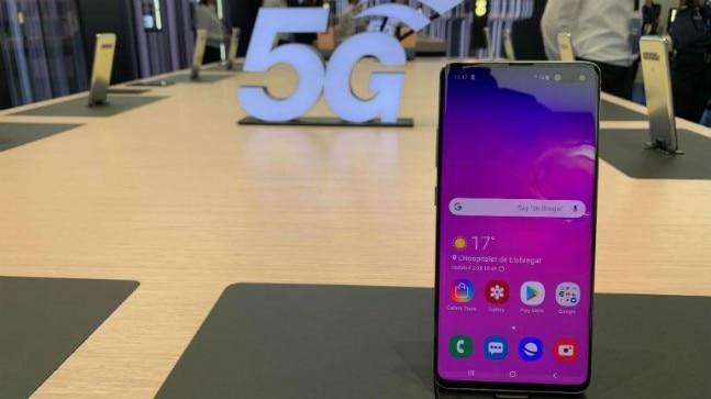 A lot of mainstream, and not-so-mainstream, phone makers offered at least one 5G smartphone for demo at MWC 2019. From the Galaxy S10 5G to the Mate X foldable phone, there was something new there to tingle our curiosity.