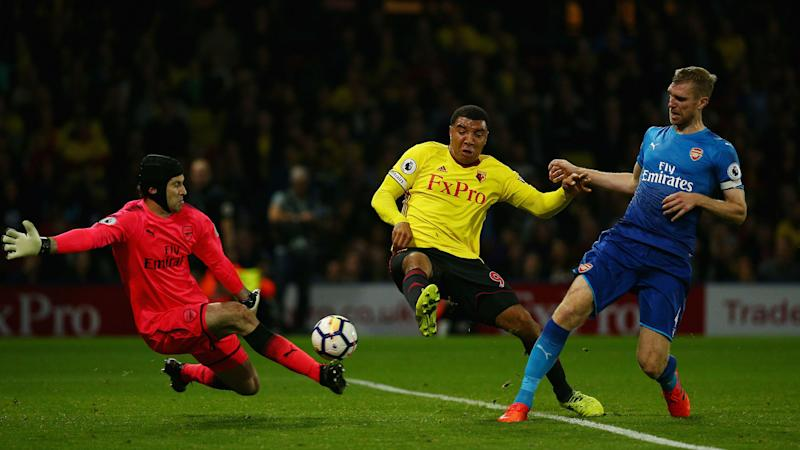 Wenger won't go mad over Deeney row