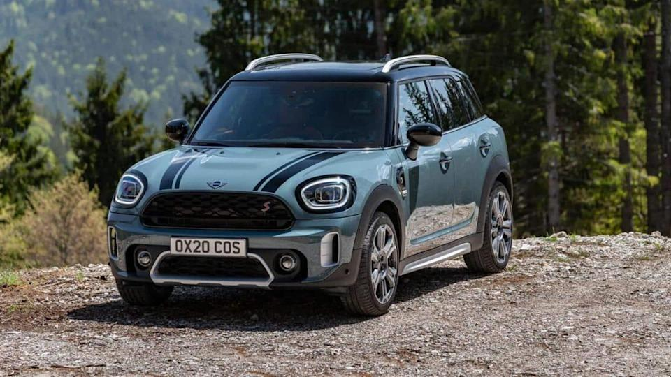 2021 MINI Countryman launched in India at Rs. 39.50 lakh
