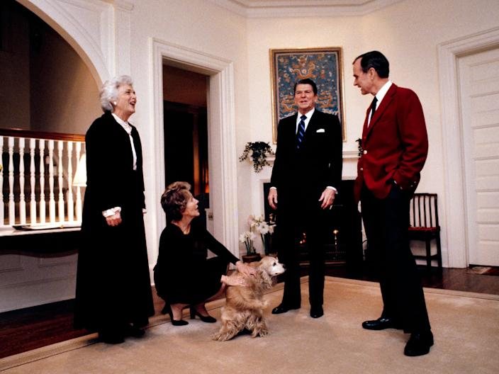 Bushes and Reagans in VP home