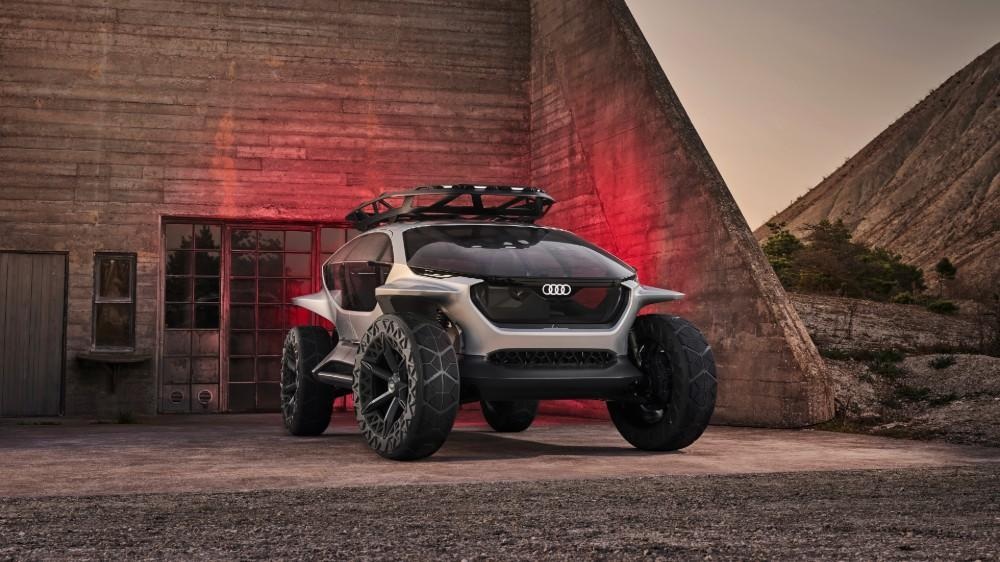 audi-s-futuristic-new-electric-suv-concept-uses-flying-drones-for-headlights