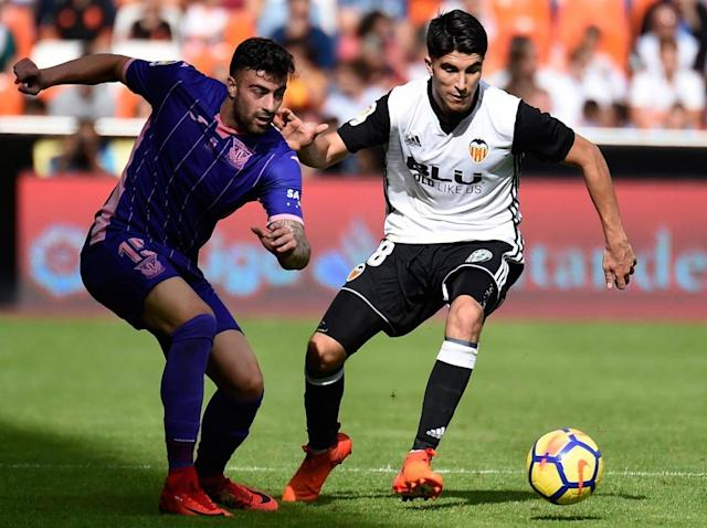Manchester United's January transfer plans taking shape with Jose Mourinho eyeing Valencia's Carlos Soler