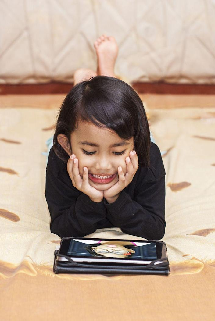 <p>If you promised the little one an iPad for this school year, they're going to have to wait a little longer. According to Bodge, the best deals will come after Apple launches their newest devices in September.</p>