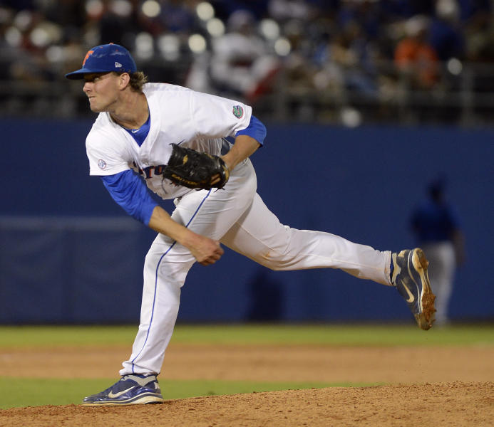 Florida's Jonathon Crawford pitches against Bethun-Cookman during the ninth inning of an NCAA college baseball tournament regional game in Gainesville, Fla., Friday, June 1, 2012. Crawford pitched a no-hitter in Florida's 4-0 win. (AP Photo/Phil Sandlin)