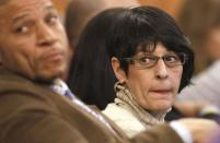 Terri Hernandez, center, mother of former New England Patriots NFL football player Aaron Hernandez, watches during the murder trial for her son, in Fall River, Massachusetts January 29, 2015. Hernandez is accused of murdering semi-professional football player Odin Lloyd. REUTERS/Steven Senne/Pool (UNITED STATES - Tags: SPORT CRIME LAW)