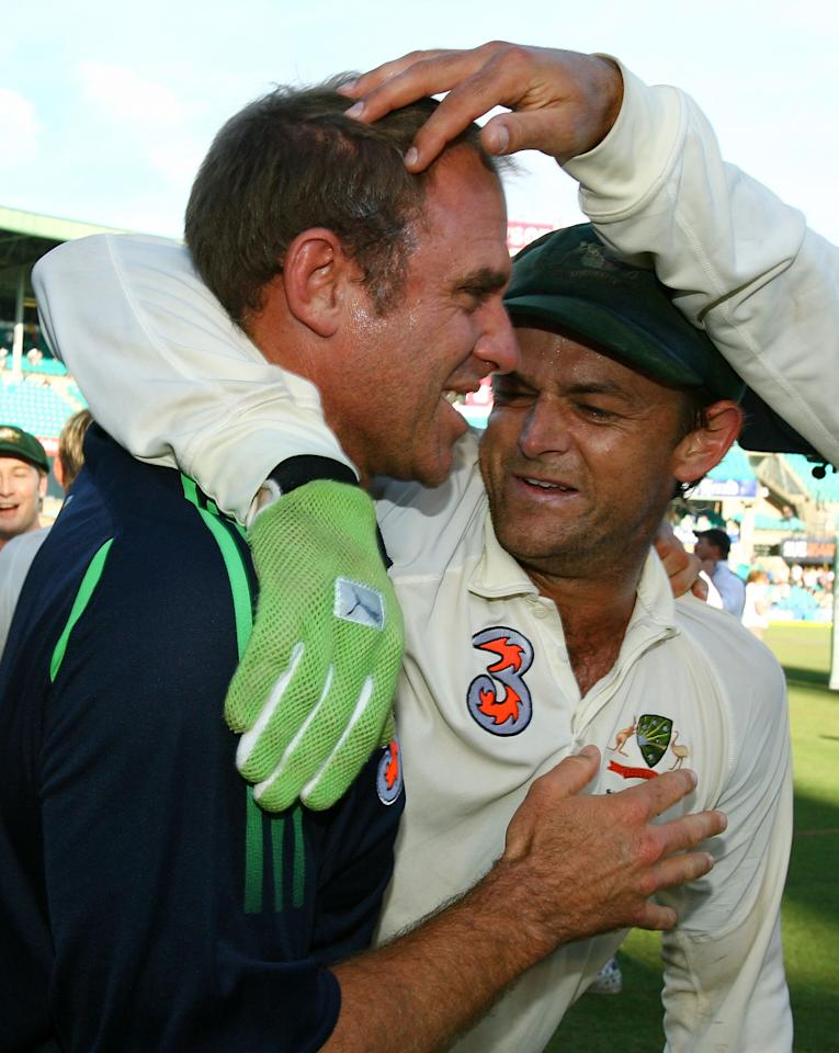 SYDNEY, AUSTRALIA - JANUARY 06: (L to R) Matthew Hayden and Adam Gilchrist of Australia celebrate after victory on day five of the Second Test match between Australia and India at the Sydney Cricket Ground on January 6, 2008 in Sydney, Australia.  (Photo by Mark Nolan/Getty Images)