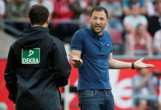 Soccer Football - Bundesliga - FC Cologne v Schalke 04 - RheinEnergieStadion, Cologne, Germany - April 22, 2018 Schalke coach Domenico Tedesco reacts REUTERS/Wolfgang Rattay DFL RULES TO LIMIT THE ONLINE USAGE DURING MATCH TIME TO 15 PICTURES PER GAME. IMAGE SEQUENCES TO SIMULATE VIDEO IS NOT ALLOWED AT ANY TIME. FOR FURTHER QUERIES PLEASE CONTACT DFL DIRECTLY AT + 49 69 650050