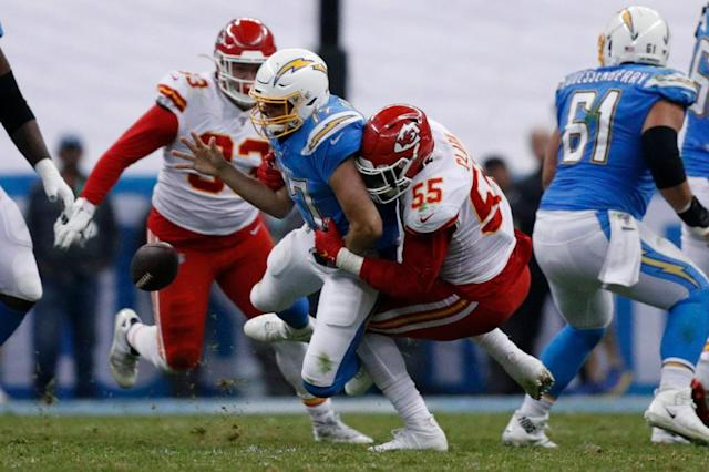Philip Rivers falters, Chargers fall in bitter loss to Chiefs in Mexico City