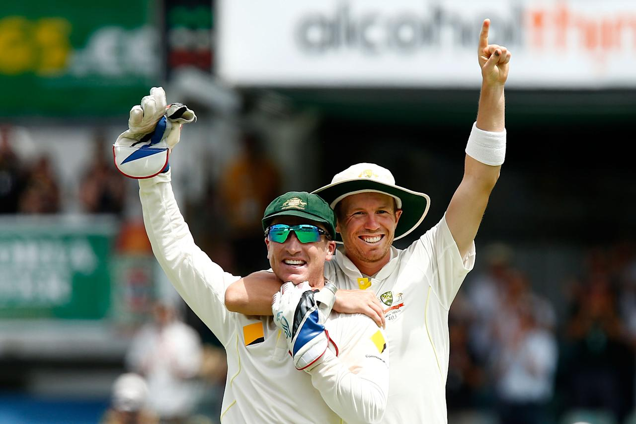 PERTH, AUSTRALIA - DECEMBER 17: Brad Haddin (L) and Peter Siddle of Australia celebrate after winning the Ashes during day five of the Third Ashes Test Match between Australia and England at WACA on December 17, 2013 in Perth, Australia.  (Photo by Will Russell/Getty Images)