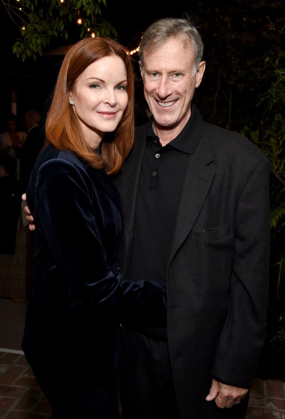 <p>Marcia Cross met her stockbroker husband, Tom Mahoney, in a shop in L.A. in 2004. After marrying in 2006, Cross gave birth to twin daughters the following year.</p>