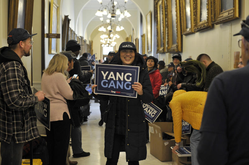Members of the Yang Gang line the hallways of the New Hampshire State house in Concord. (Photo: Joseph Prezioso/AFP)