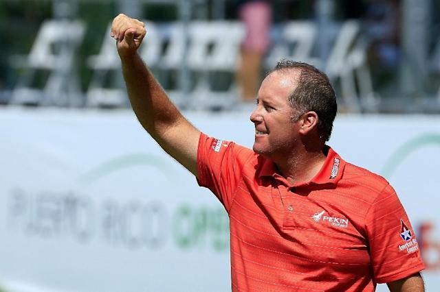 D.A. Points acknowledges the crowd after winning the Puerto Rico Open (AFP Photo/MICHAEL COHEN)