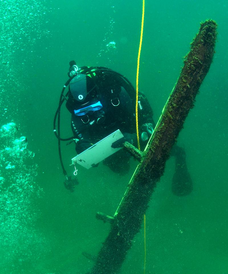 Remote Mich. village abuzz over shipwreck search