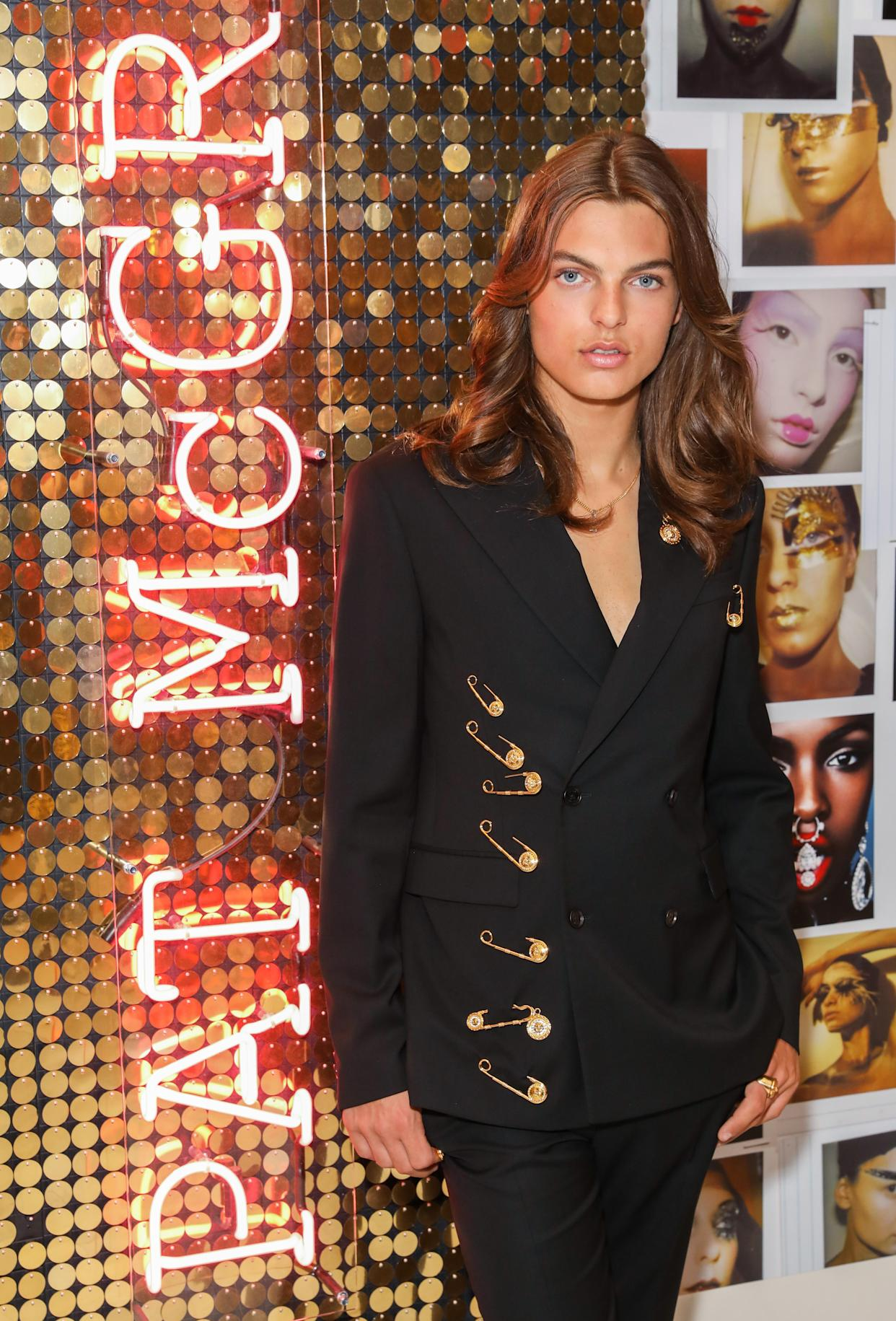 LONDON, ENGLAND - JULY 25:  Pat McGrath muse Damian Hurley launches the Pat McGrath Labs new product range, 'Sublime Perfection: The System' at Selfridges on July 25, 2019 in London, England. (Photo by Darren Gerrish/Getty Images)