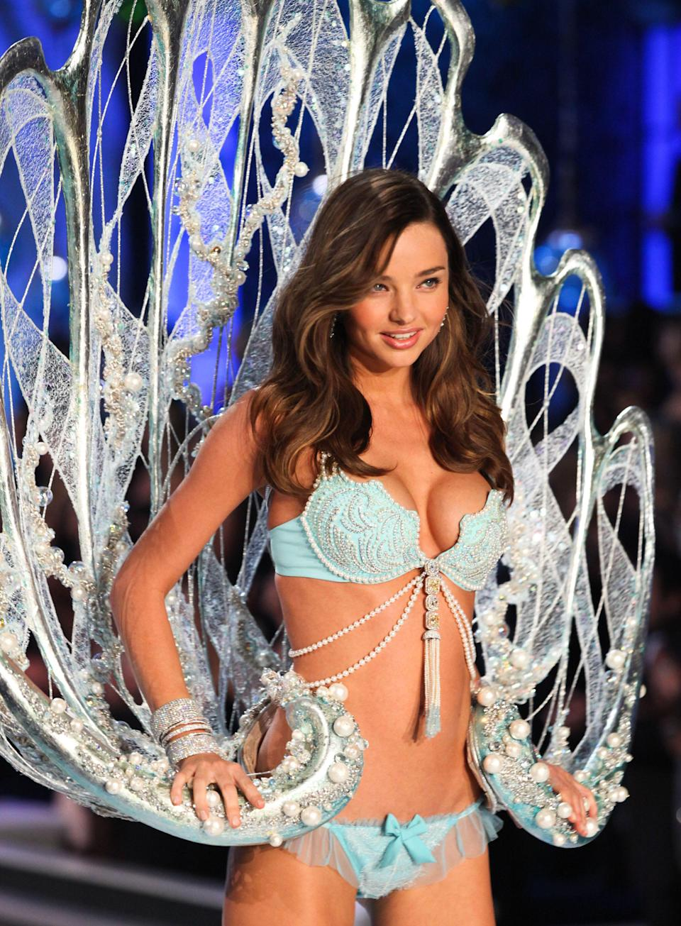 <p>Aussie model, and Orlando Bloom's former wife, Miranda Kerr was chosen to wear the 2011 Fantasy Bra. The Fantasy Treasure Bra boasted some 3,400 gems and was valued at $2.5 million. <em>[Photo: Getty]</em> </p>