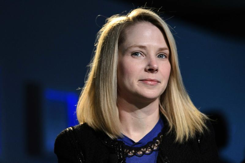 Yahoo's 4Q report shows more signs of progress