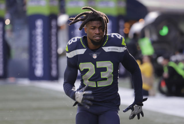"Seattle defensive backs <a class=""link rapid-noclick-resp"" href=""/nfl/players/26122/"" data-ylk=""slk:Neiko Thorpe"">Neiko Thorpe</a>, above, and <a class=""link rapid-noclick-resp"" href=""/nfl/players/30300/"" data-ylk=""slk:Mike Tyson"">Mike Tyson</a> were accosted by an anonymous, shouting woman on Sunday. (AP)"
