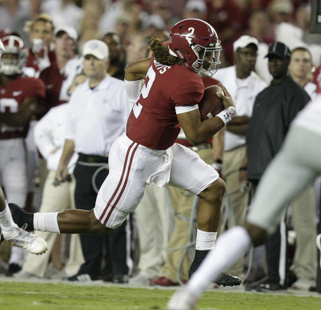 Alabama quarterback Jalen Hurts runs the ball during the first half of an NCAA college football game, Saturday, Sept. 30, 2017, in Tuscaloosa, Ala. (AP Photo/Brynn Anderson)