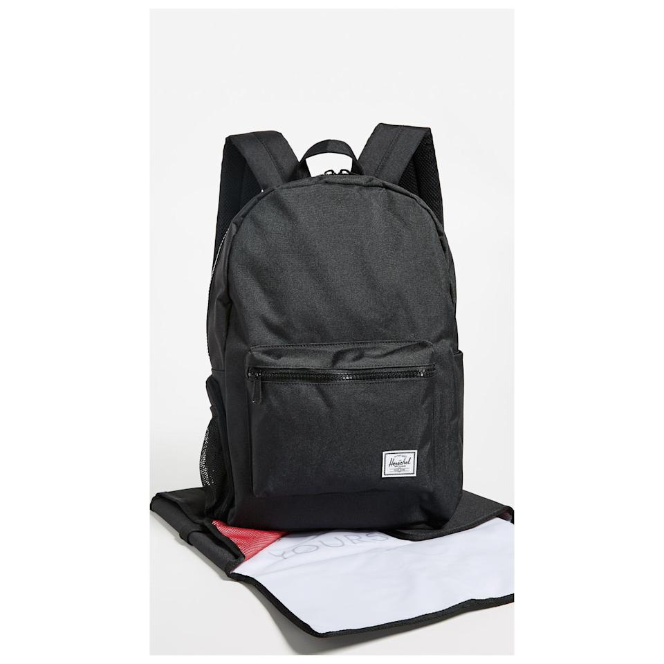"""<p><strong>Herschel Supply Co.</strong></p><p>shopbop.com</p><p><strong>$100.00</strong></p><p><a href=""""https://go.redirectingat.com?id=74968X1596630&url=https%3A%2F%2Fwww.shopbop.com%2Fsettlement-sprout-diaper-backpack-herschel%2Fvp%2Fv%3D1%2F1510074174.htm&sref=https%3A%2F%2Fwww.womansday.com%2Frelationships%2Ffamily-friends%2Fg27498054%2Fgifts-for-first-time-dads%2F"""" rel=""""nofollow noopener"""" target=""""_blank"""" data-ylk=""""slk:Shop Now"""" class=""""link rapid-noclick-resp"""">Shop Now</a></p><p>You wouldn't recognize this minimalist backpack as a diaper bag from the outside, but its spacious interior and storage pockets will hold everything he and Baby will need for the day, from a changing pad (included) and diapers to his tablet and cords.</p>"""