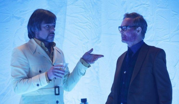Oliver and Cary devise a plan - Credit: Fox