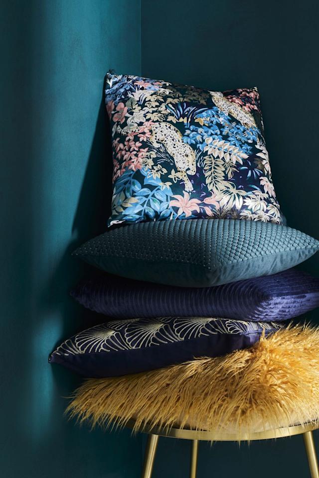"<p>As part of the new Art Deco range, shoppers will be able to find sumptuous  scatter cushions. Choose from cheetah prints, teal hues and gorgeous gold designs. It's brilliant for sprucing up your living room, chill-out zone or bedroom. Best of all, cushions start from just £6. </p><p><a class=""body-btn-link"" href=""https://go.redirectingat.com?id=127X1599956&url=https%3A%2F%2Fwww.tesco.com%2Fgroceries%2Fen-GB%2Fzone%2FHomeware&sref=https%3A%2F%2Fwww.prima.co.uk%2Fhome-ideas%2Fhome-accessories-buys%2Fg33949280%2Ftesco-homeware%2F"" target=""_blank""><strong>EXPLORE TESCO'S HOMEWARE ESSENTIALS</strong></a></p>"