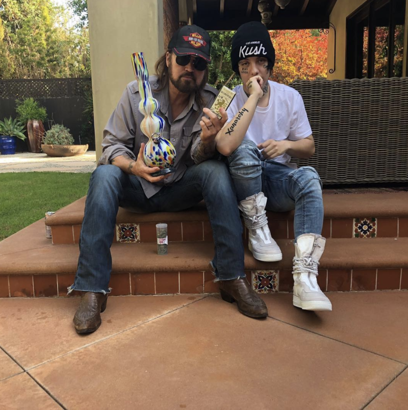 Billy Ray Cyrus And Lil Xan Strike A Pose With Cyruss Birthday Gifts Photo Instagram Xanxiety