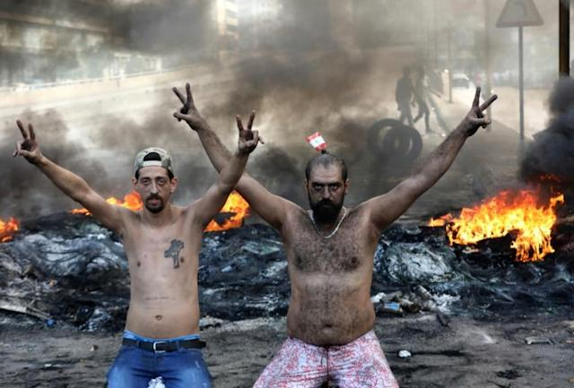 Demonstrators in the industrial zone of Dora on the northern outskirts of Beirut, Lebanon (AFP Photo/ANWAR AMRO)