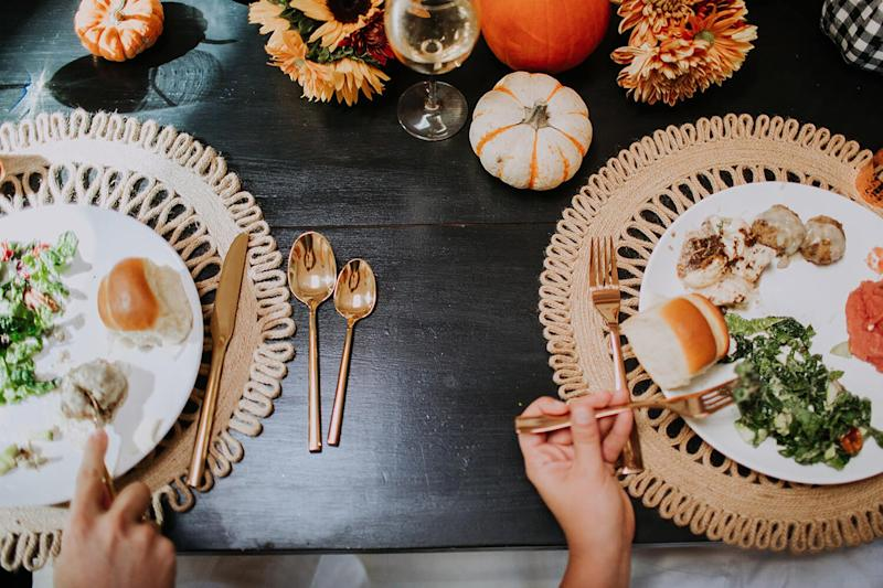 How Many Calories Are In A Typical Thanksgiving Dinner We Investigate