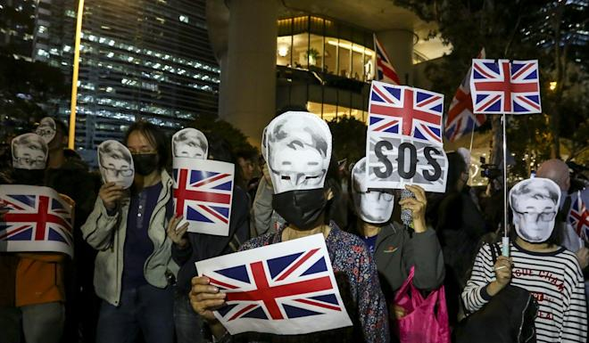 The rally's organiser, Britons in Hong Kong, urged the British government to investigate Simon Cheng's arrest and provide holders of the British National (Overseas) passport in Hong Kong the right to abode in Britain. Photo: Jonathan Wong