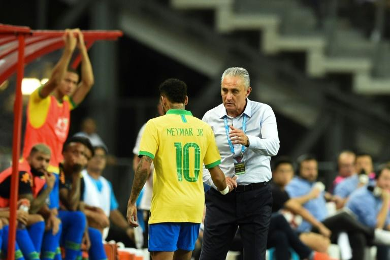 Neymar misses Brazil friendlies