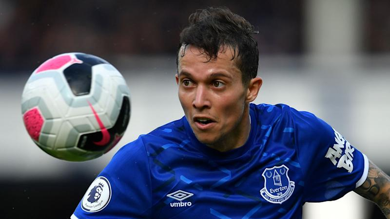 Everton's Bernard opens up on seeing psychologist after panic attack